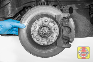 Illustration of step: Check the condition of the brake discs - step 14