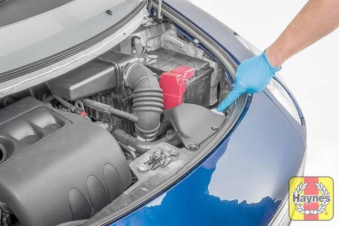 smart forfour 2004 2008 1 1 checking coolant level haynes rh haynes com 1989 Audi 5000 1960 Audi