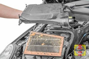 Illustration of step: Separate the the air filter body to access the air filter - step 22