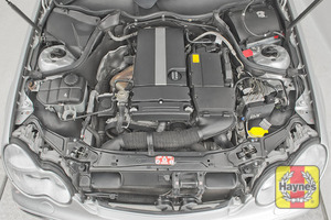 Illustration of step: Underbonnet view - step 4