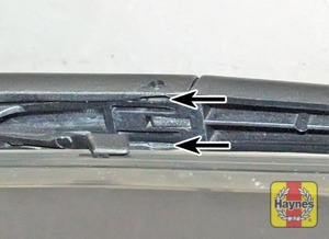 Illustration of step:  Don't forget to check the tailgate wiper blade as well - step 8