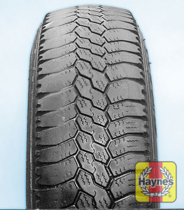 Illustration of step: Tyre shoulder wear is caused by underinflation, incorrect wheel camber (worn suspension parts), or hard cornering! - step 3