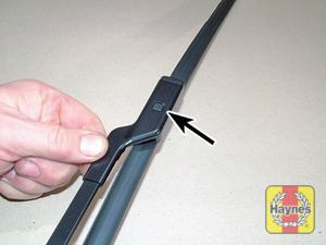 Illustration of step:  To remove a windscreen wiper blade, pull the arm fully away from the glass - step 4