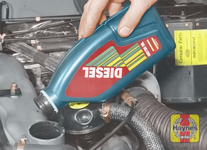 Illustration of step:  Topping-up the engine oil level – non-TD5 engines  - Vehicle care - step 12