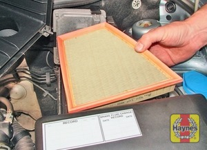 Illustration of step:  …and remove the air filter element  - 1.2 litre engines - step 5