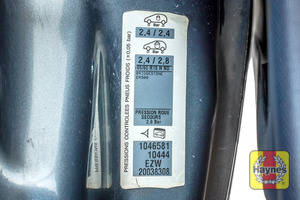 Illustration of step: Here is the tyre pressure information sticker  - step 4