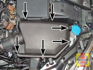 Illustration of step:  Undo the screws (arrowed) securing the air cleaner housing cover  - XC60 - step 4
