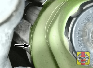 Illustration of step:  The reservoir is mounted under the right-hand headlight - Before you start - step 37