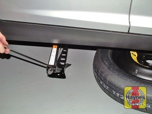 Illustration of step:  Two jacking points are provided on each side – use the one nearest the punctured wheel - step 5