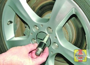 Illustration of step:  Unscrew the wheel bolts and remove the wheel - step 8
