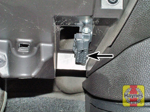 Illustration of step: The diagnostic plug is located under the driver's side of the fascia  - step 2