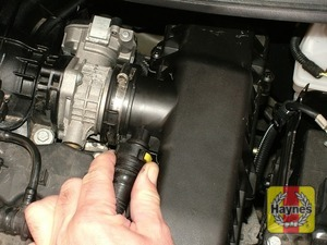 Illustration of step: Disconnect the breather pipe - 1.4 DOHC models - step 19