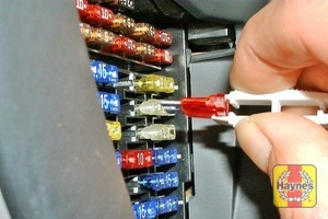 Illustration of step: Unclip the panel from the driver's end of the fascia to access the fusebox - step 1