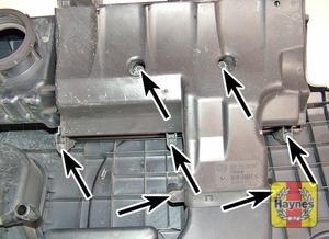 Illustration of step:  Undo the screws  - Engine codes BCA, BAG, BKG, BLF, BLN, BLP, AXX, BPY and BWA - step 13