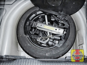 Illustration of step: Finally, check the condition of the spare wheel / emergency tyre repair system - step 13