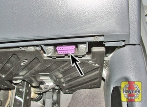 Illustration of step: The diagnostic socket is located under the drivers side of the facia - step 2