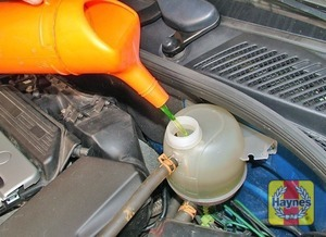 Illustration of step:  Add coolant (a mixture of water and antifreeze) to the expansion tank, until the coolant is up to the MAXI level mark - Car Care - step 22