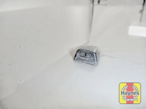 Illustration of step: Check the efficiency of the washer jet nozzles, are they aiming high enough on the windscreen? If needed, adjust the aim using a pin or a very small screwdriver - step 4
