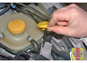 Illustration of step:  The reservoir for the windscreen and rear window (where applicable) washer systems is located on the front left-hand side of the engine compartment - Screen washer fluid level - step 39