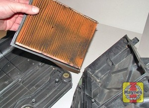 Illustration of step:  Removing the Duratec 16V engine air filter  - All engines - step 18