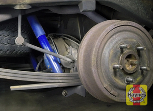 Illustration of step: Take a good look around brake system and the suspension arm, check for any leaks - step 15