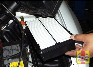 Illustration of step: Install the filter in the housing - step 6